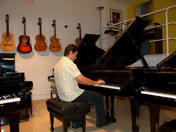 Foto 19 de Instrumentos de música en  | L'Art Guinardó
