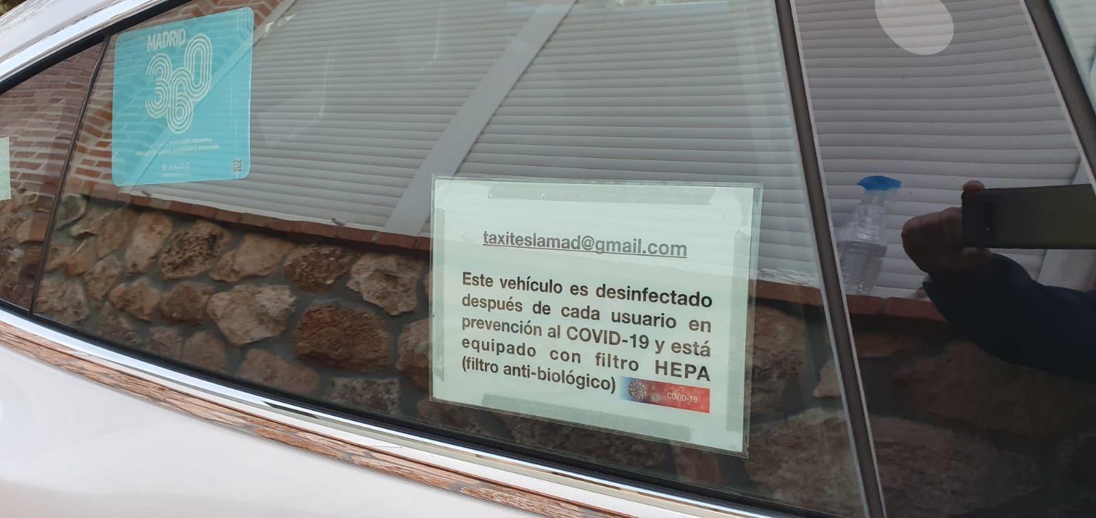 En taxi Tesla Los peñascales tomamos medidas contra el CORONAVIRUS. Es desinfectado después de cada usuario