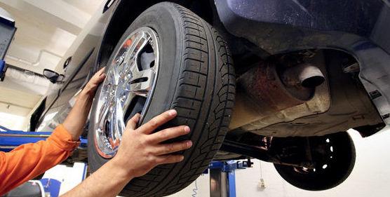 Cambio de neumáticos en Carrocerías 2008, Alcorcón