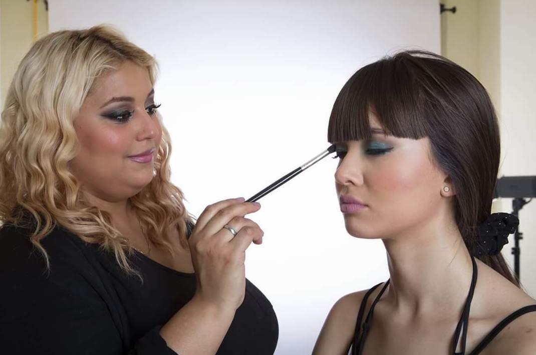 Curso de maquillaje : Servicios  de Lili Guzmán Make Up Artist