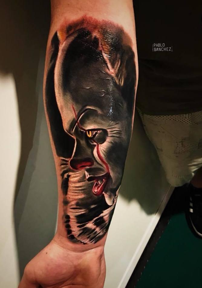 Tatuaje a color. Realismo. Retrato color en Santander Cantabria. Verger Tattoo by Pablö Sánchez