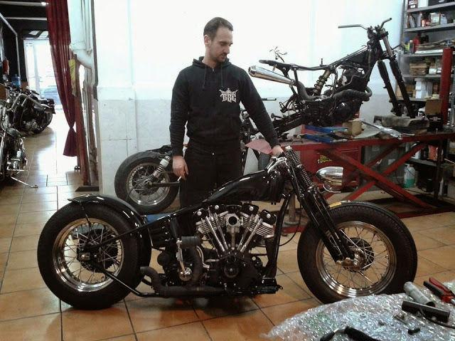 Break Skull Choppers,  Harley Motor Cycles