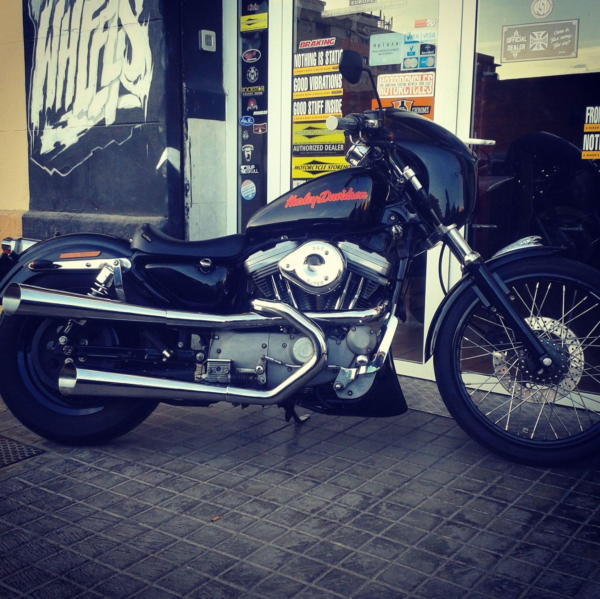 customizar motos custom, customizar motos en Valencia, harley davidson, sporster, personalizar motos, transformacion sporster en Valencia
