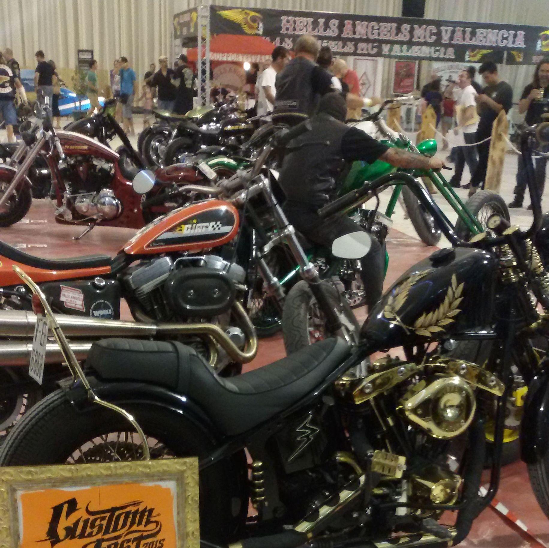 transformacion motos en valencia, personalizar motos, luxury, vintagemotorcycles, harley davidson clasicas