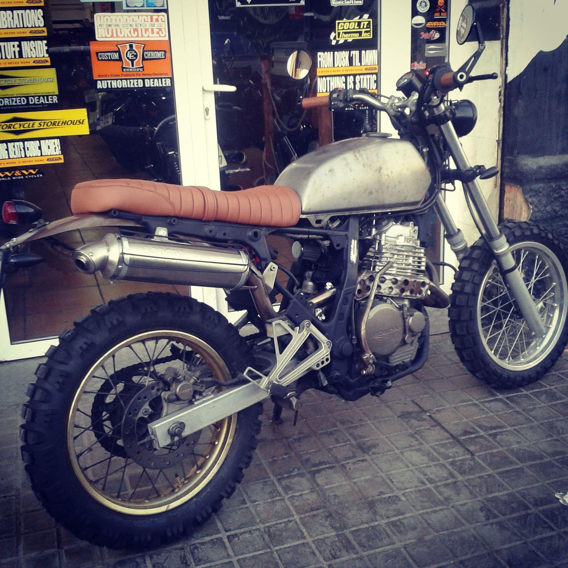 transformación moto en valencia, transformación moto en Madrid, customizar moto en Valencia, customizar moto Madrd