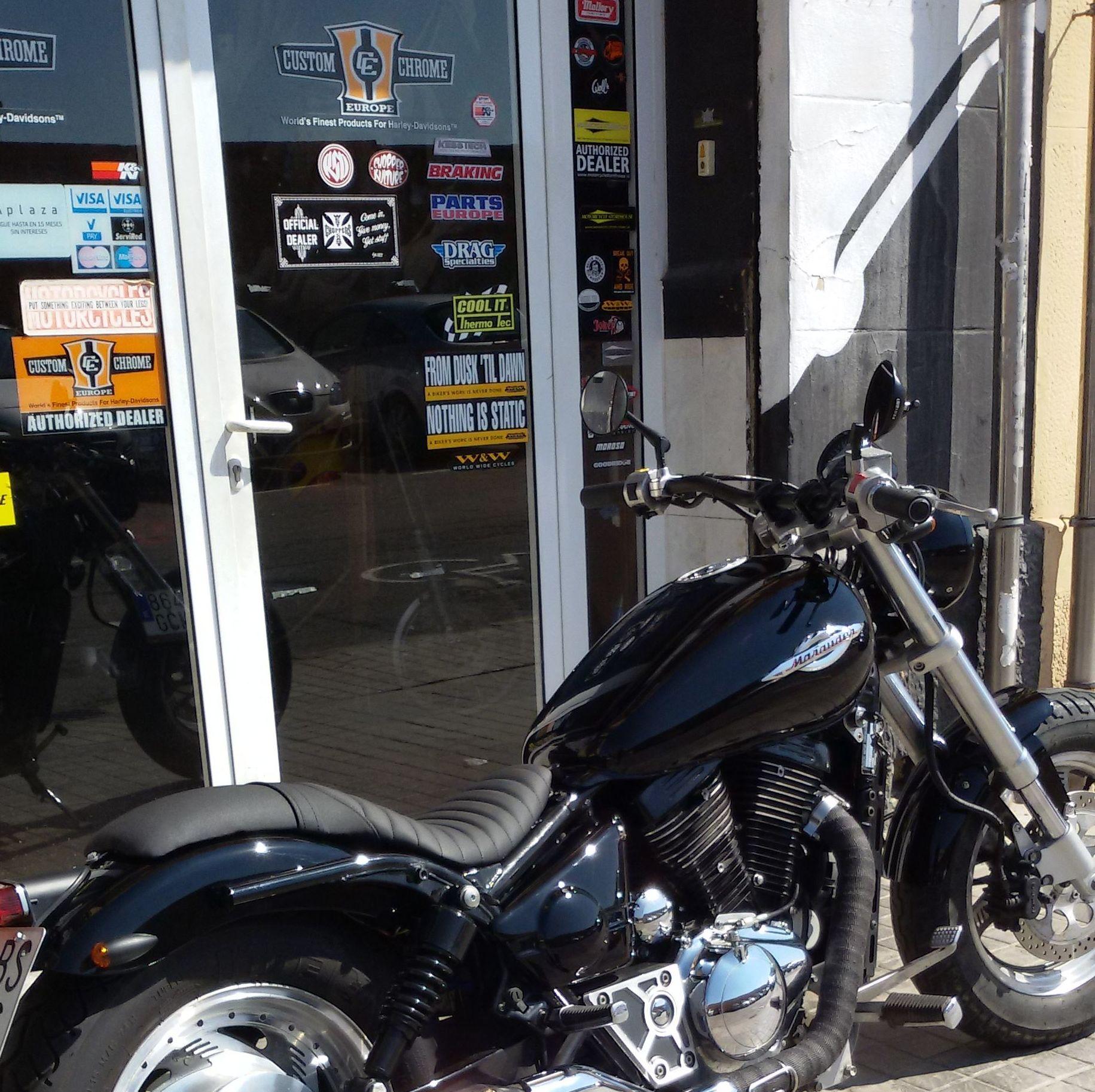 personalizacion suzuki marauder, customizar motos japonesas, transformacion motos custom en valencia