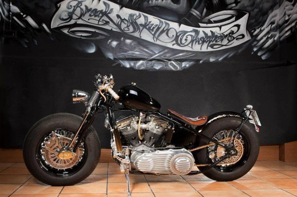 Personalised Harley Davidson Motor Cycles, Transformation Harley Davidson motor cycles, Manufacture Custom bikes, Break Skull Choppers