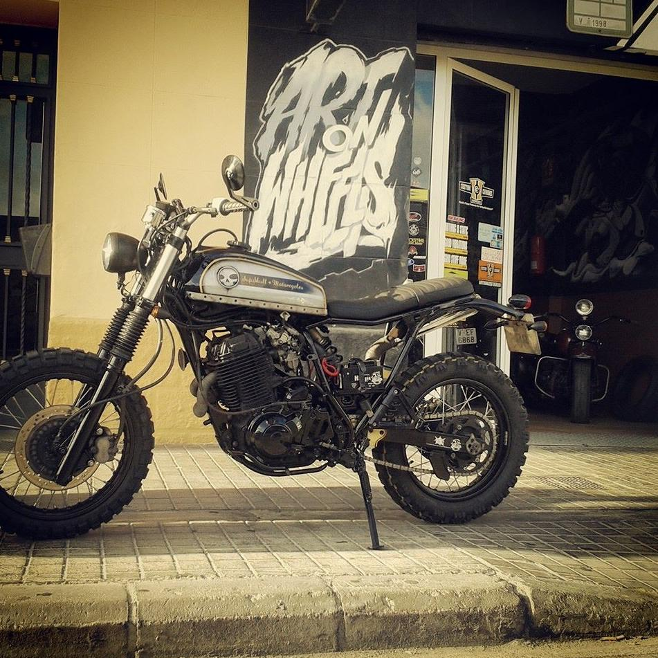 yamaha xy by break skull choppers