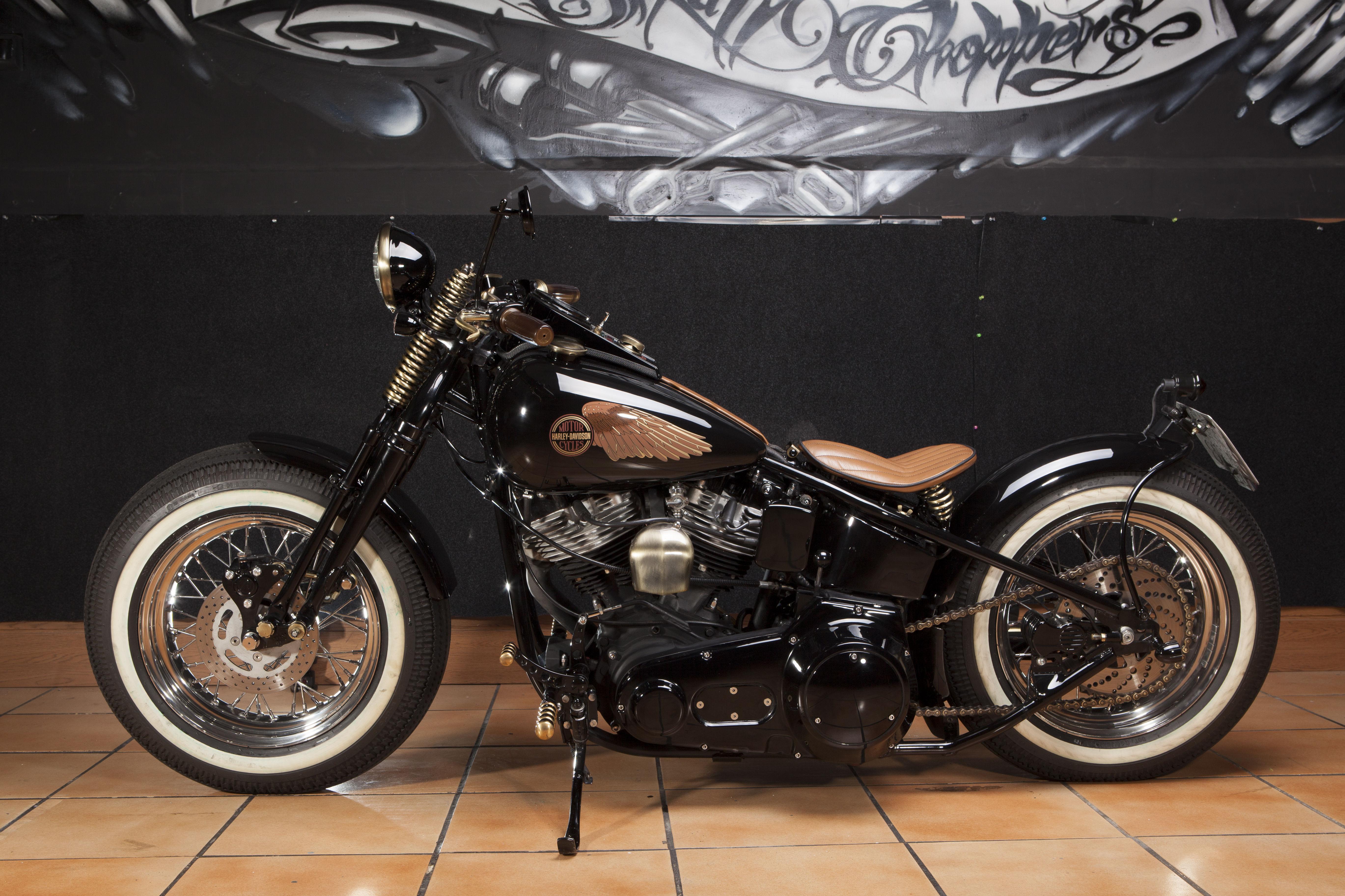 restauracion de motos antiguas,transformacion Harley Davidson,transformacion motos custom,transformacion de motos clasicas,shovelhead,moto bobber,chasis rigido,old schoold