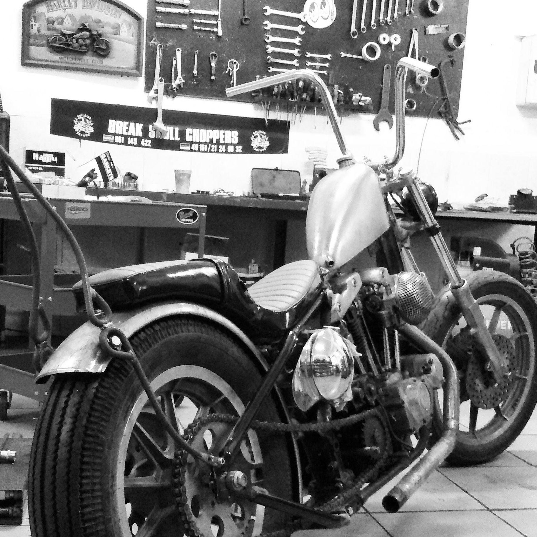 harley davidson,ironhead,customizar motos,transformacion harley davidson,venta harley davidson,choppers,bobbers