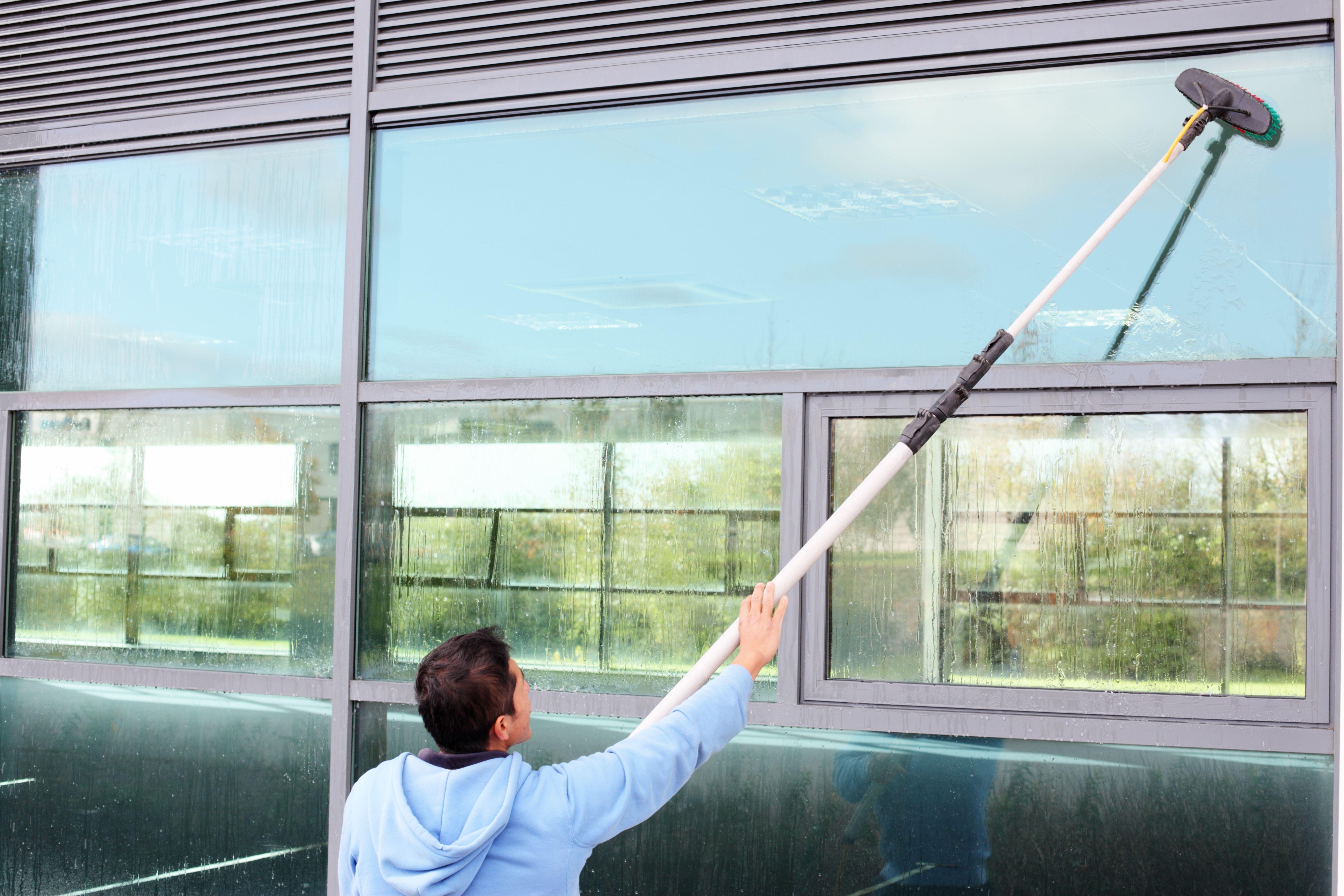 Foto 1 de Servicio de limpieza y cuidado de personas en  | Neteges Ben Cuidat