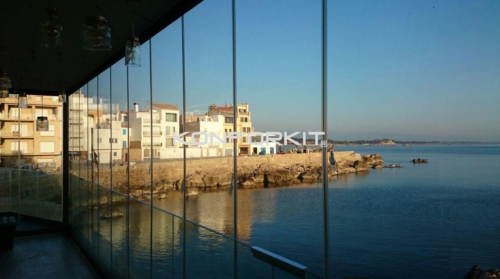 Montaje cortina de cristal en Barcelona