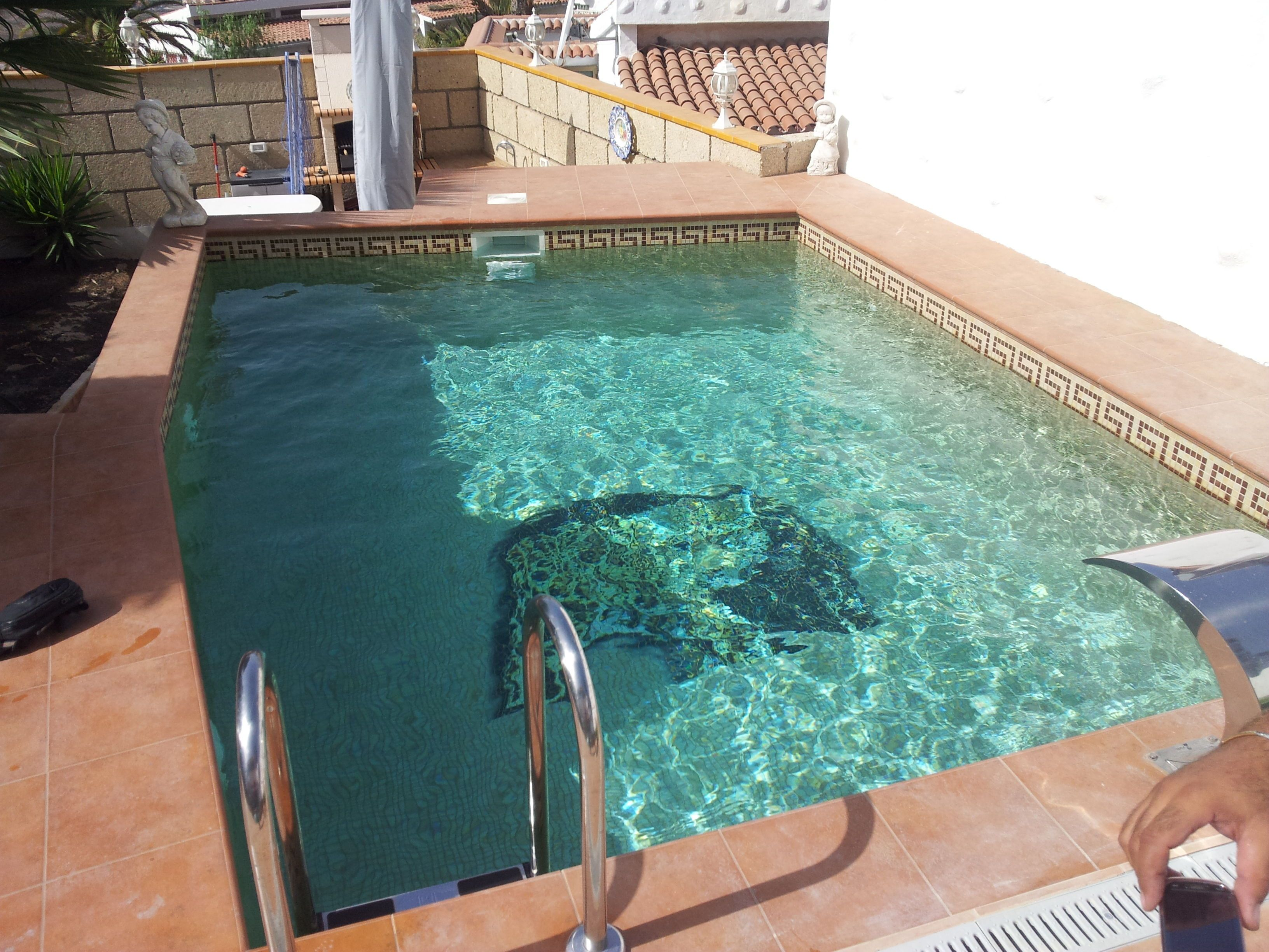 Construcci n de piscinas en tenerife coral piscinas for Construccion de piscinas temperadas