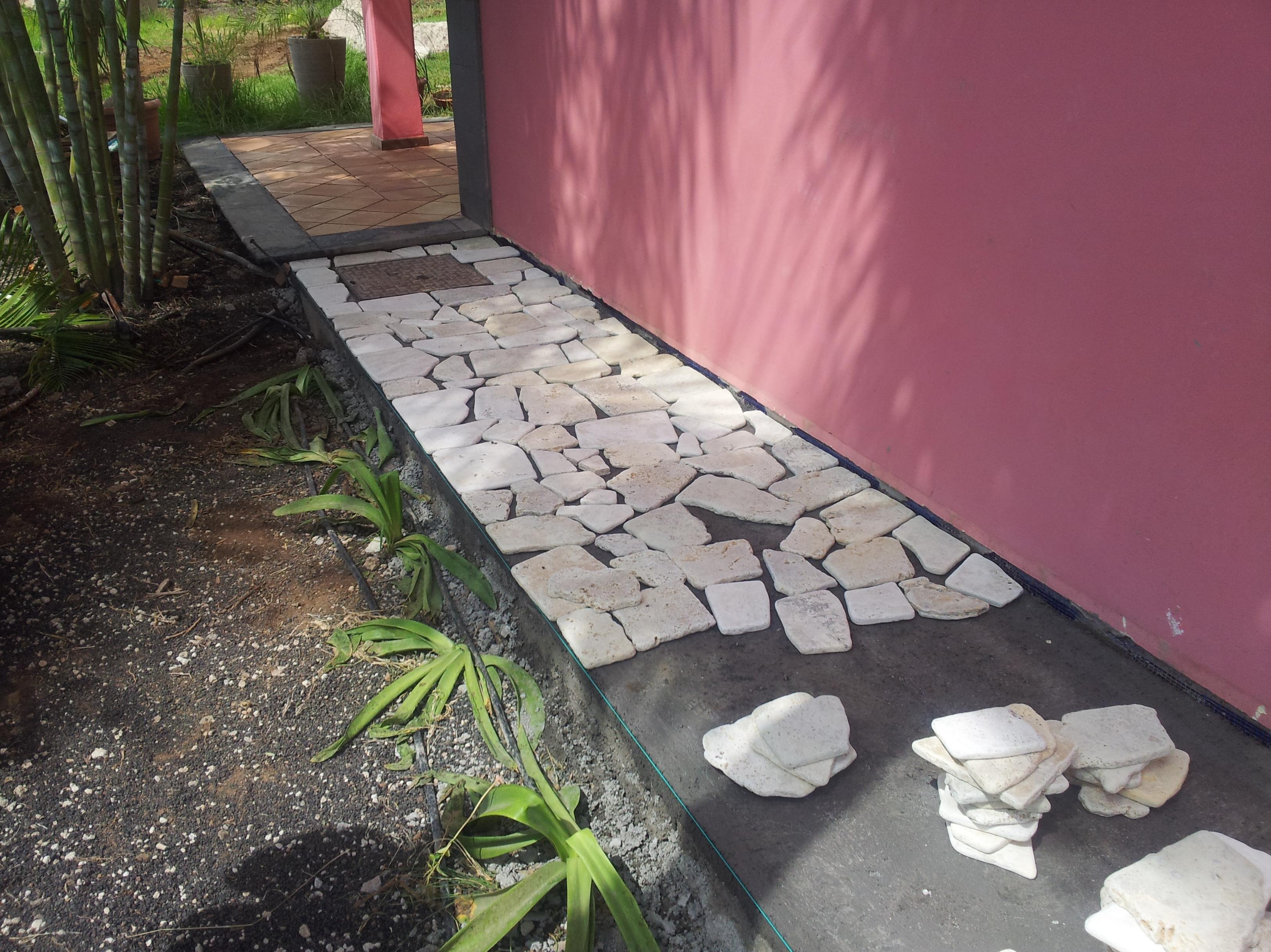 CONSTRUCCIÓN DE ACERAS