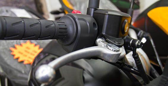 Frenos: Servicios de Asturiano Motos