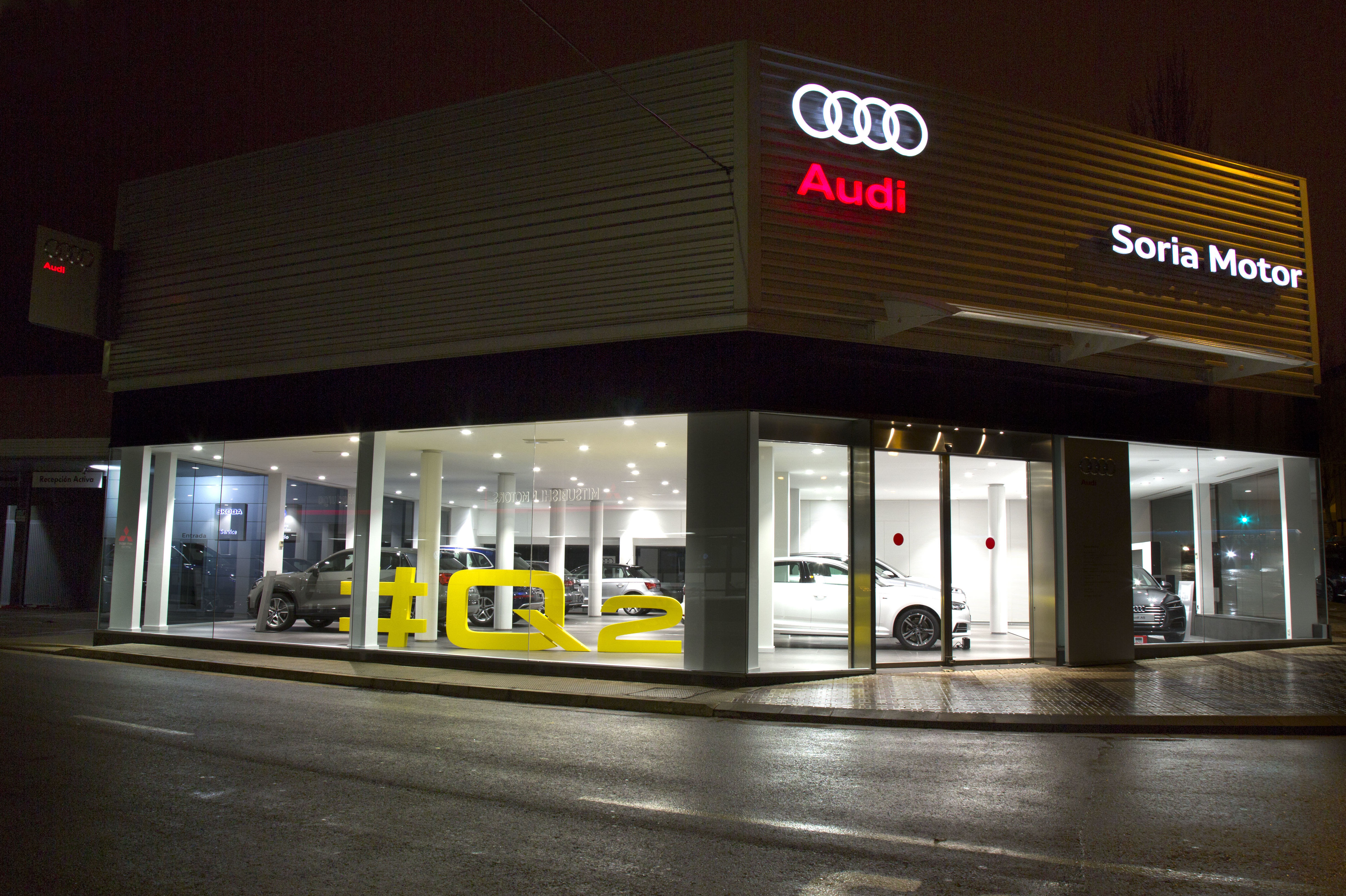 Foto 3 de Concecionario de coches con más de 30 años de experiencia en Soria | Soria Motor