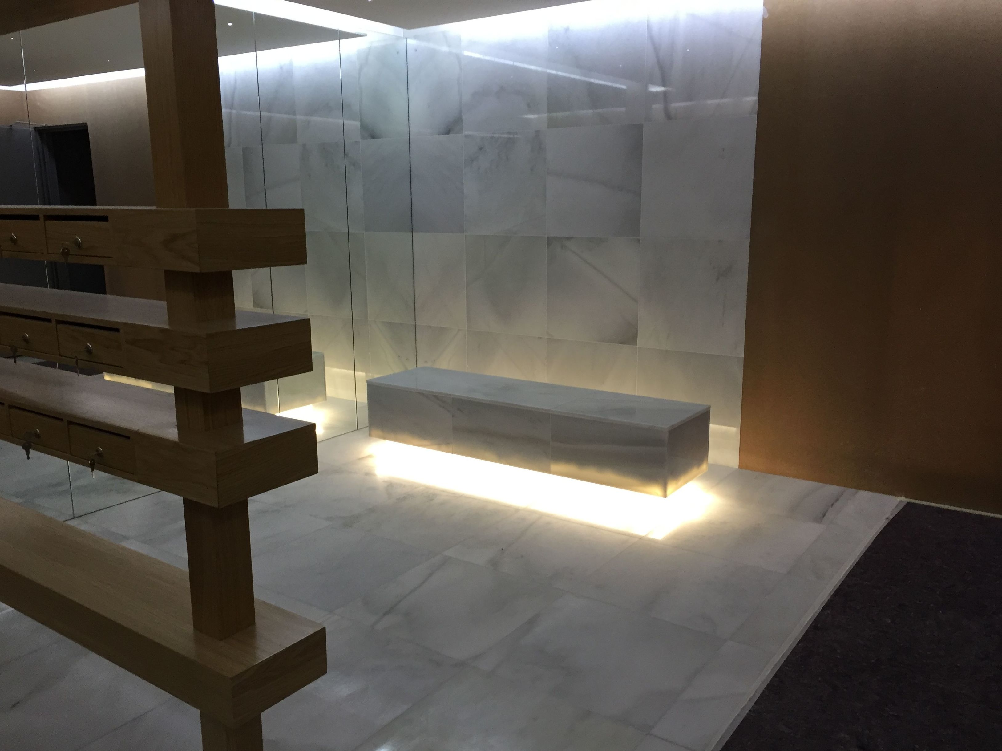 Portal en mármol Macael (A Coruña)