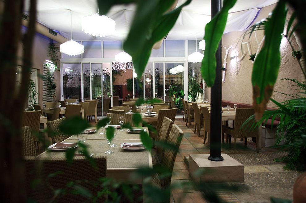 Zona interior del restaurante