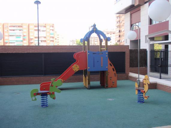 Communal area at Avinguda de França, 19