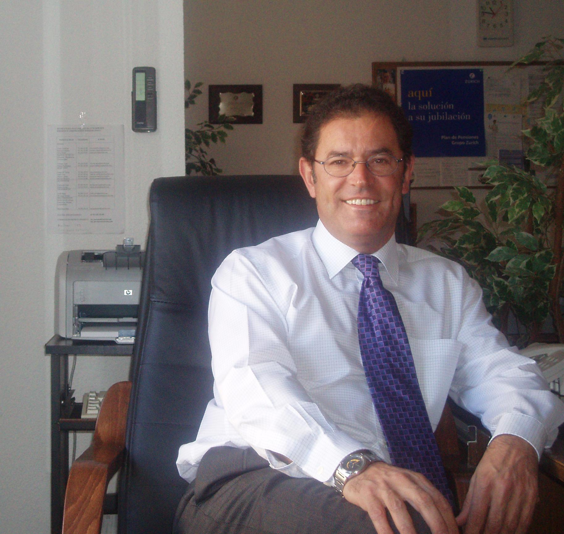 Jose Antonio Martin grande // Grupo Lobo Seguros