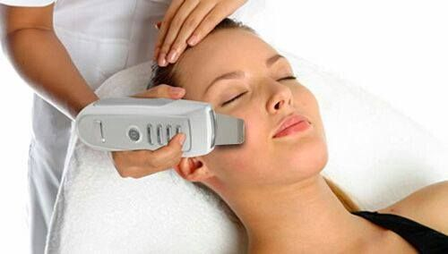 Limpieza facial con peeling ultrasónico: Productos de centro de estetica Rosa Herrera