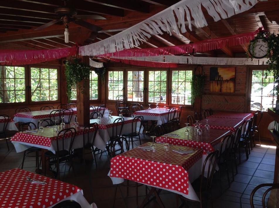 Foto 21 de Asadores en  | Hostal Restaurante Fleming