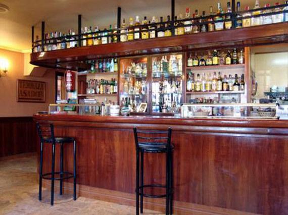 Foto 2 de Asadores en  | Hostal Restaurante Fleming