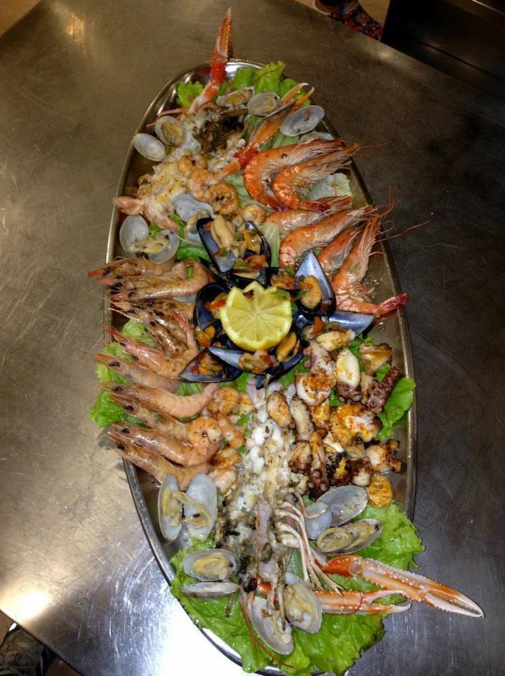 Foto 13 de Asadores en  | Hostal Restaurante Fleming