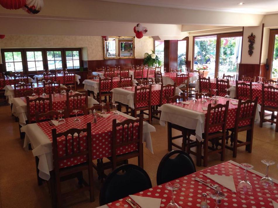 Foto 22 de Asadores en  | Hostal Restaurante Fleming