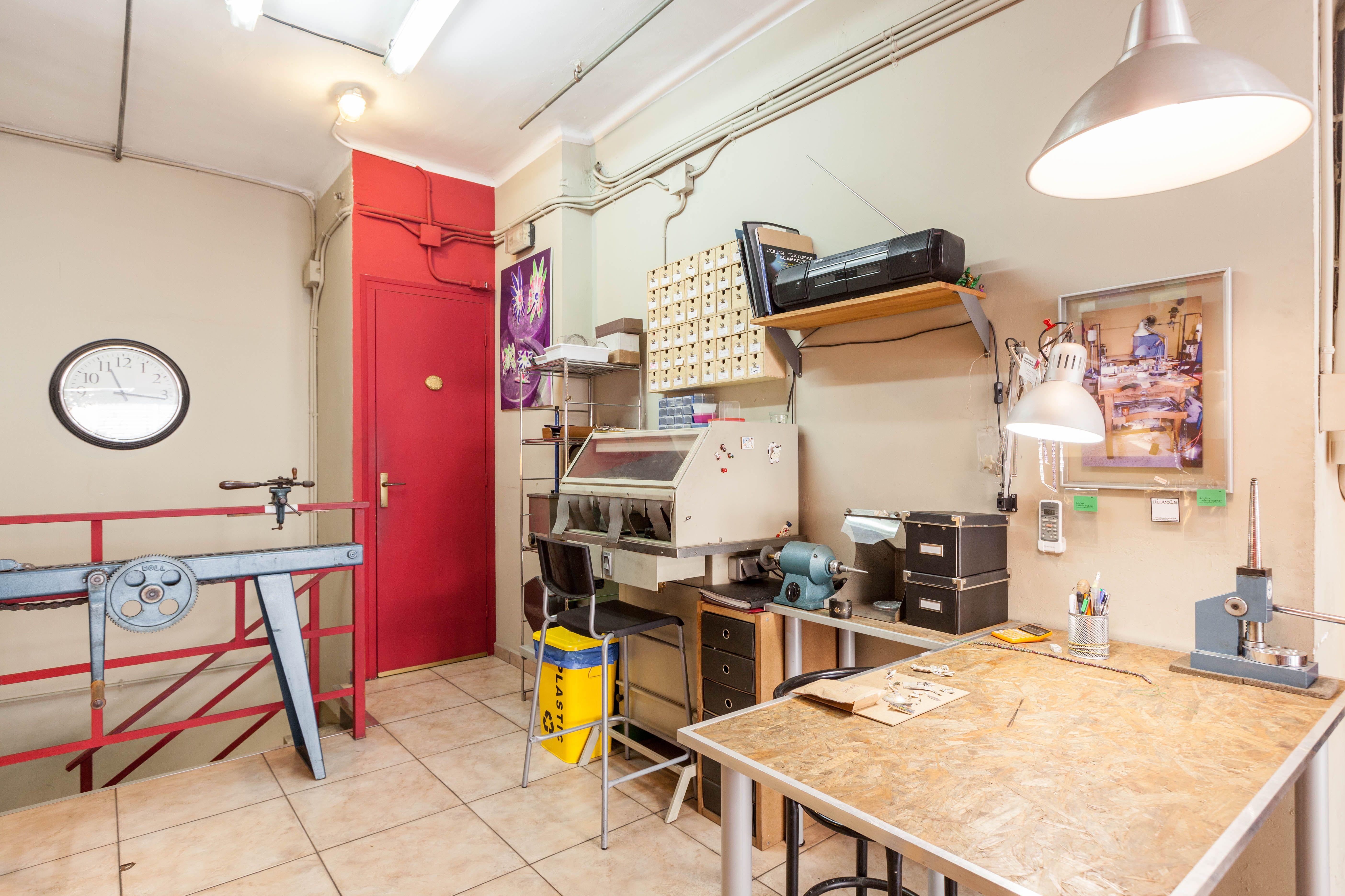 Foto 7 de Escuelas de joyería y engastado en Barcelona | puigBCNjoies Escola Taller de Joieria