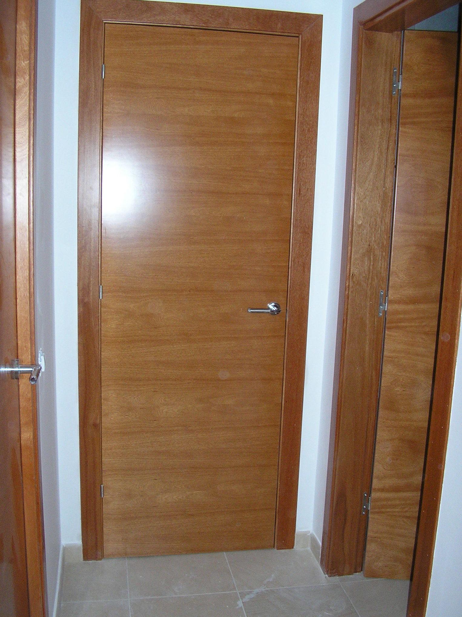 Instalación de puertas de madera a medida