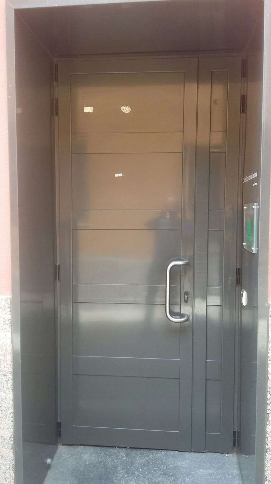 Puerta de exterior de aluminio