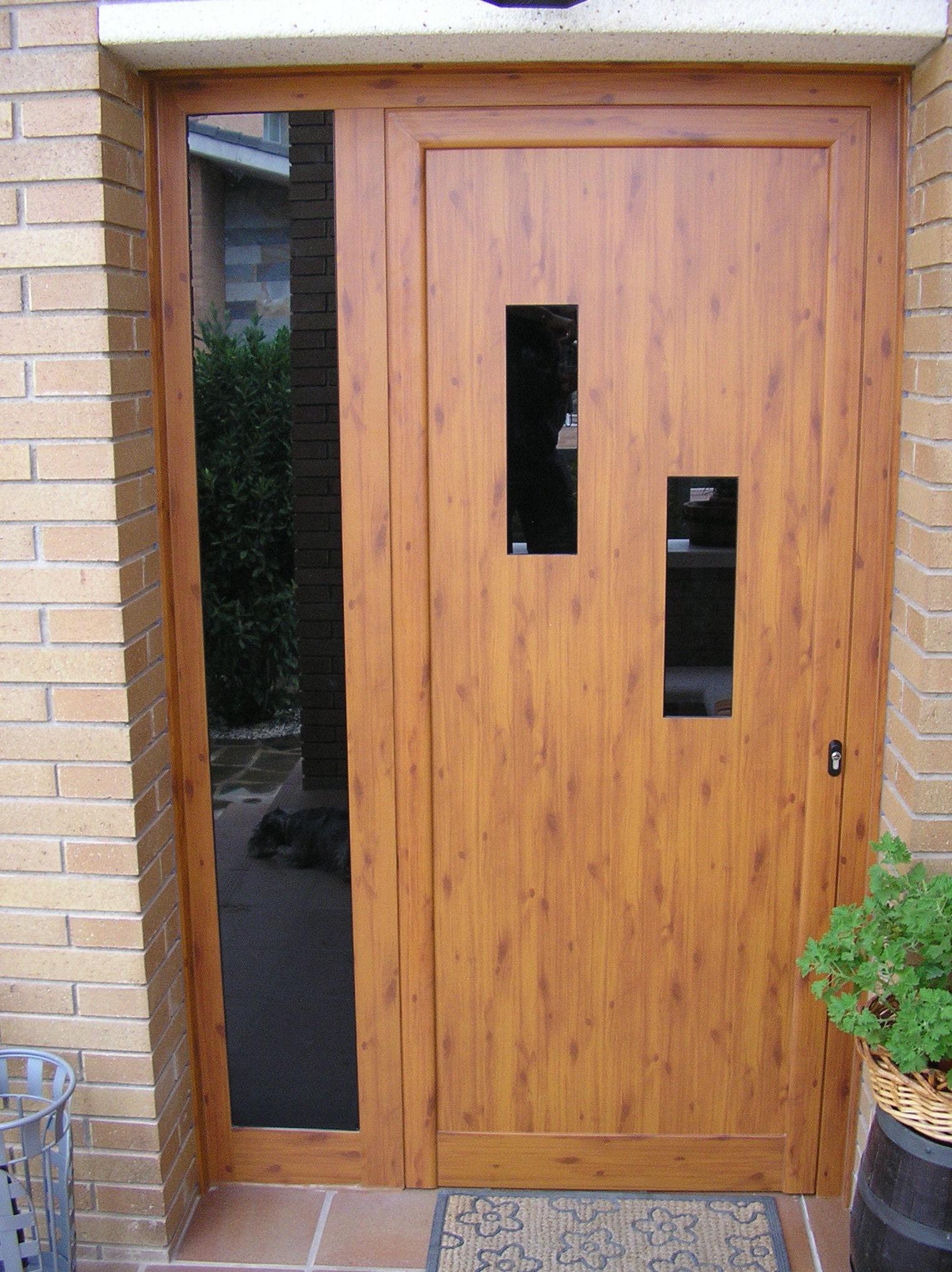 Foto 13 de puertas en manresa aluminismanresa for Colores ventanas aluminio lacado