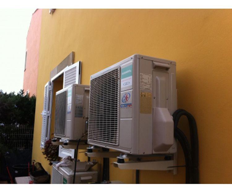 Trabajos de mantenimiento de equipos de frío industrial