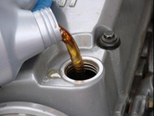 Cambio de aceite: Servicios de Taller Llisà - Taller Izacar