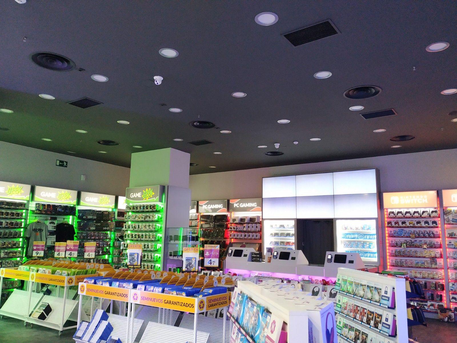 Climatización de la tienda Game de Sevilla