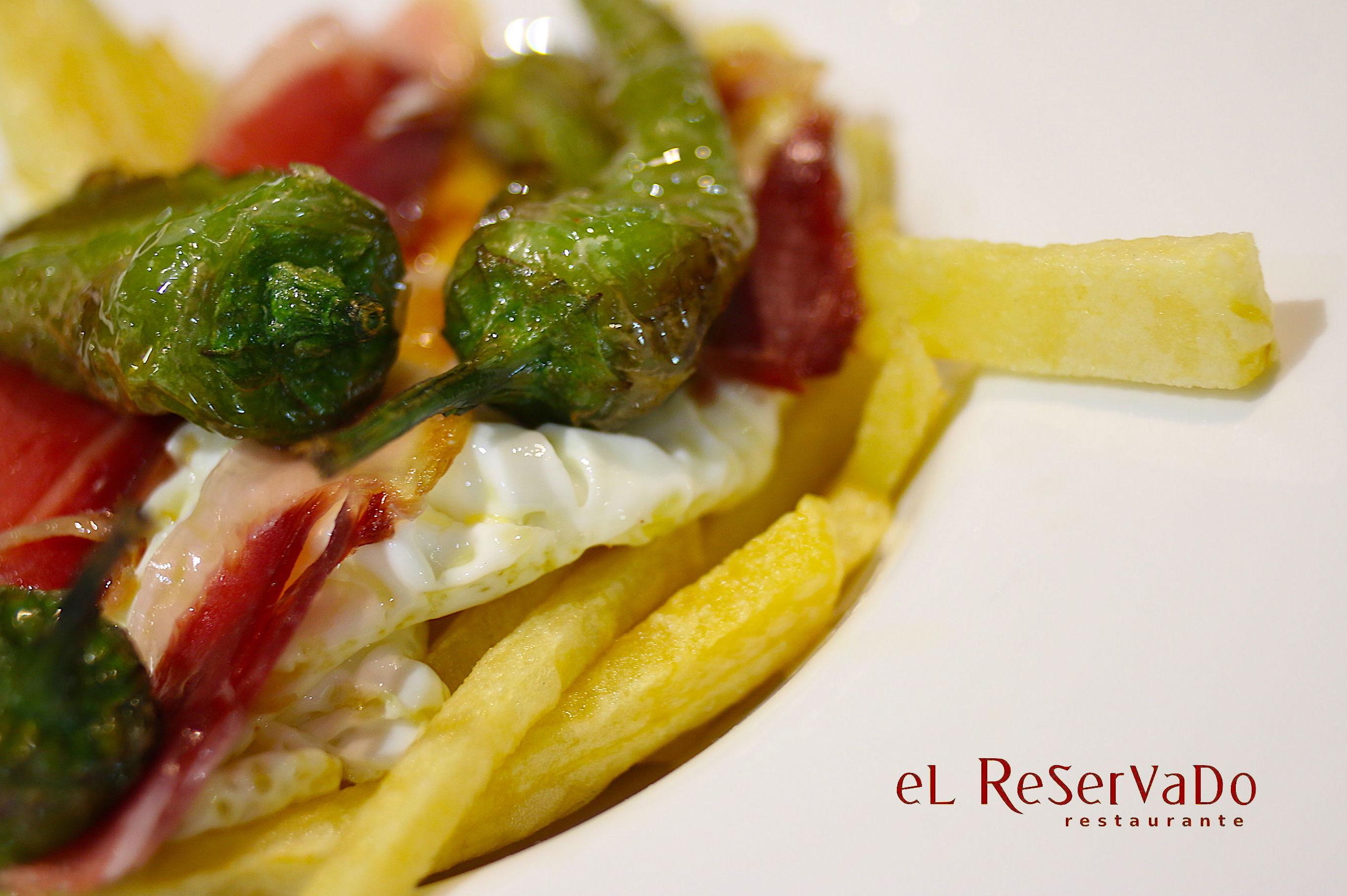 Restaurante de cocina andaluza en El Rincón de la Victoria, Málaga