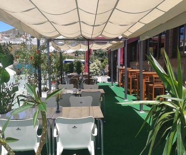 Terraza de nuestro restaurante en El Rincón de la Victoria, Málaga