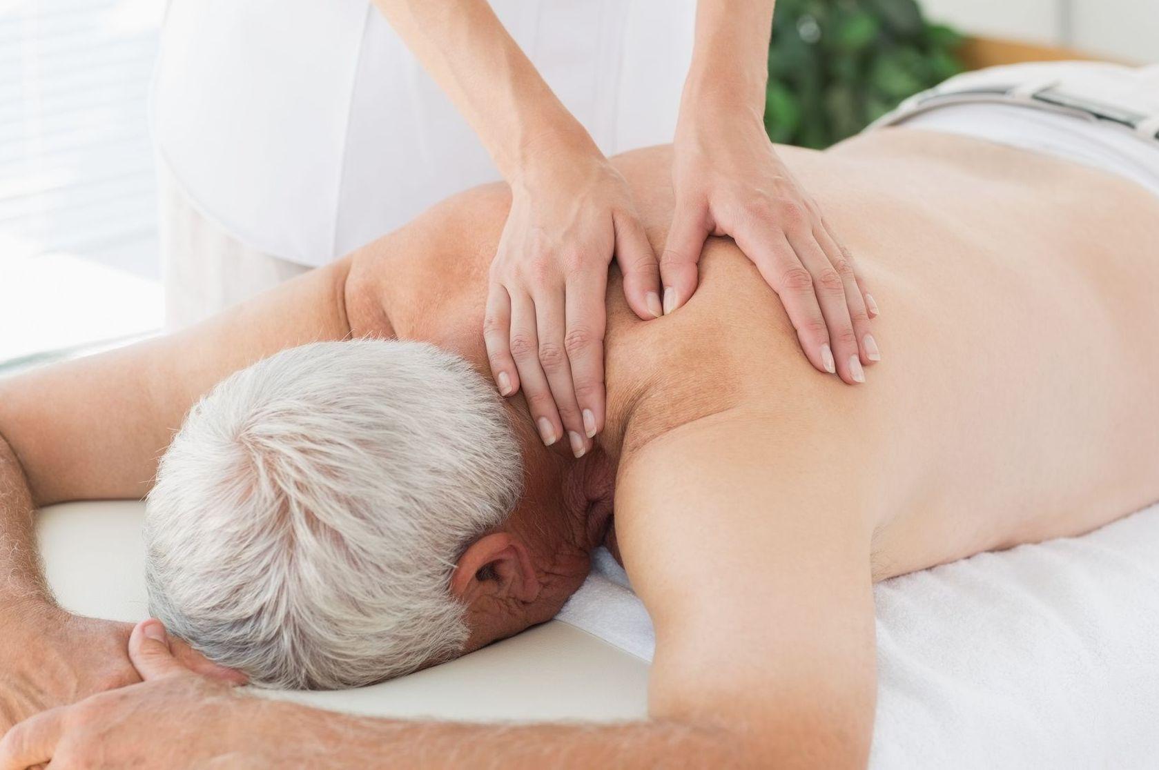 Nuestras terapias pueden reducir problemas de columna o de cervicales hasta de tiroides