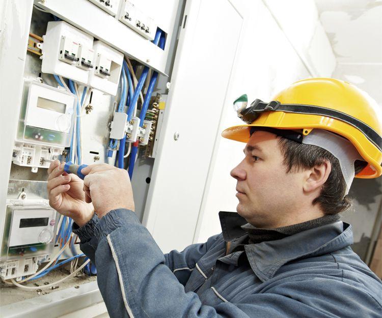Reparaciones eléctricas 24 horas en Zaragoza
