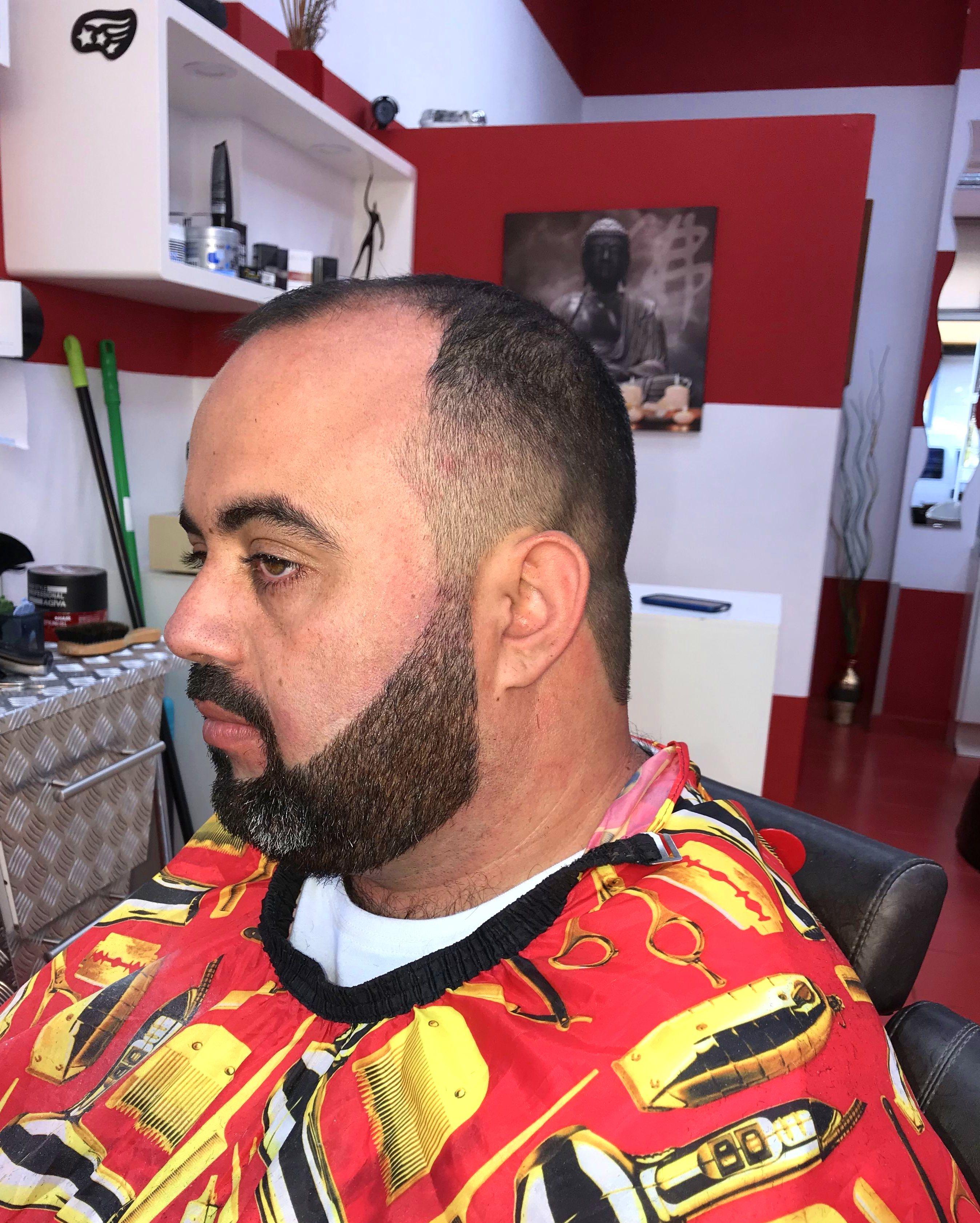 Foto 17 de Peluquería unisex y barbería en    Janlet Barber Shop Unisex