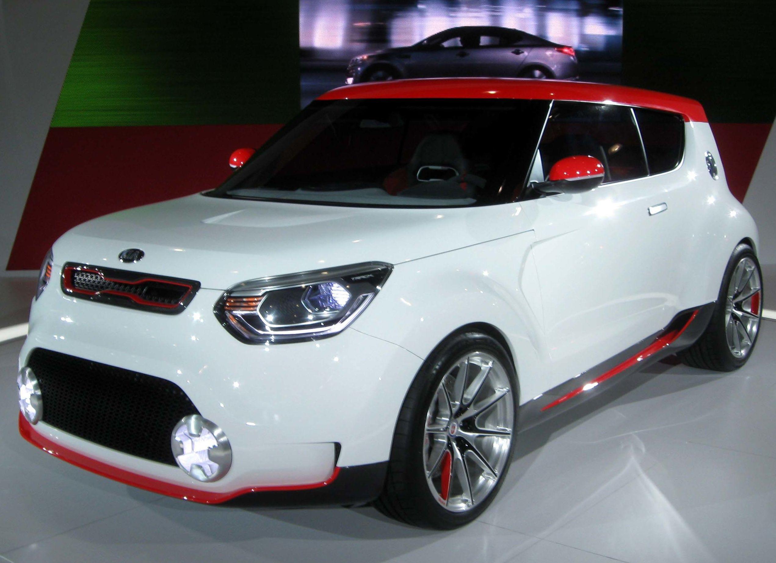 Concesionario Kia: Taller de automóvil  de Kolor Kar