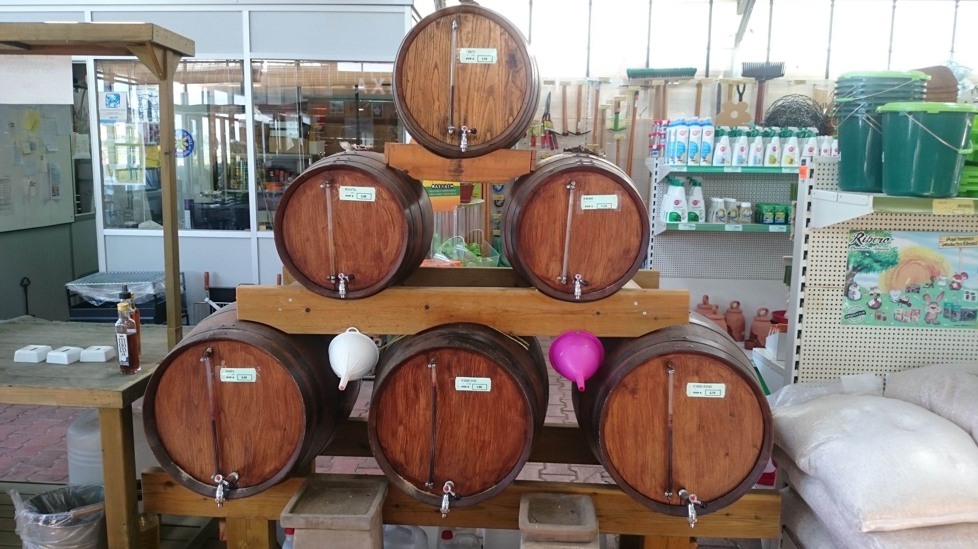Foto 8 de Excelente surtido en productos para todo tipo de jardines en Castelló d'Empúries | Mercajardí