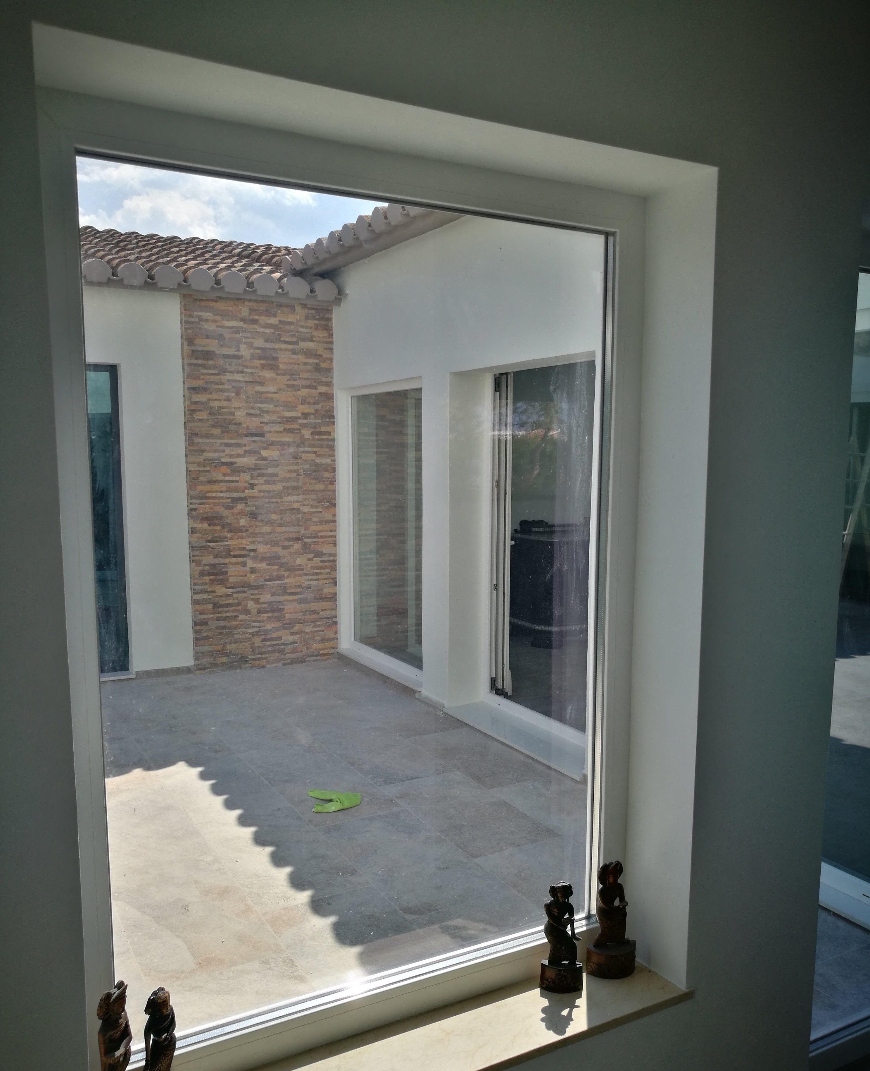 Instalación de ventanas de aluminio y PVC en El Verger