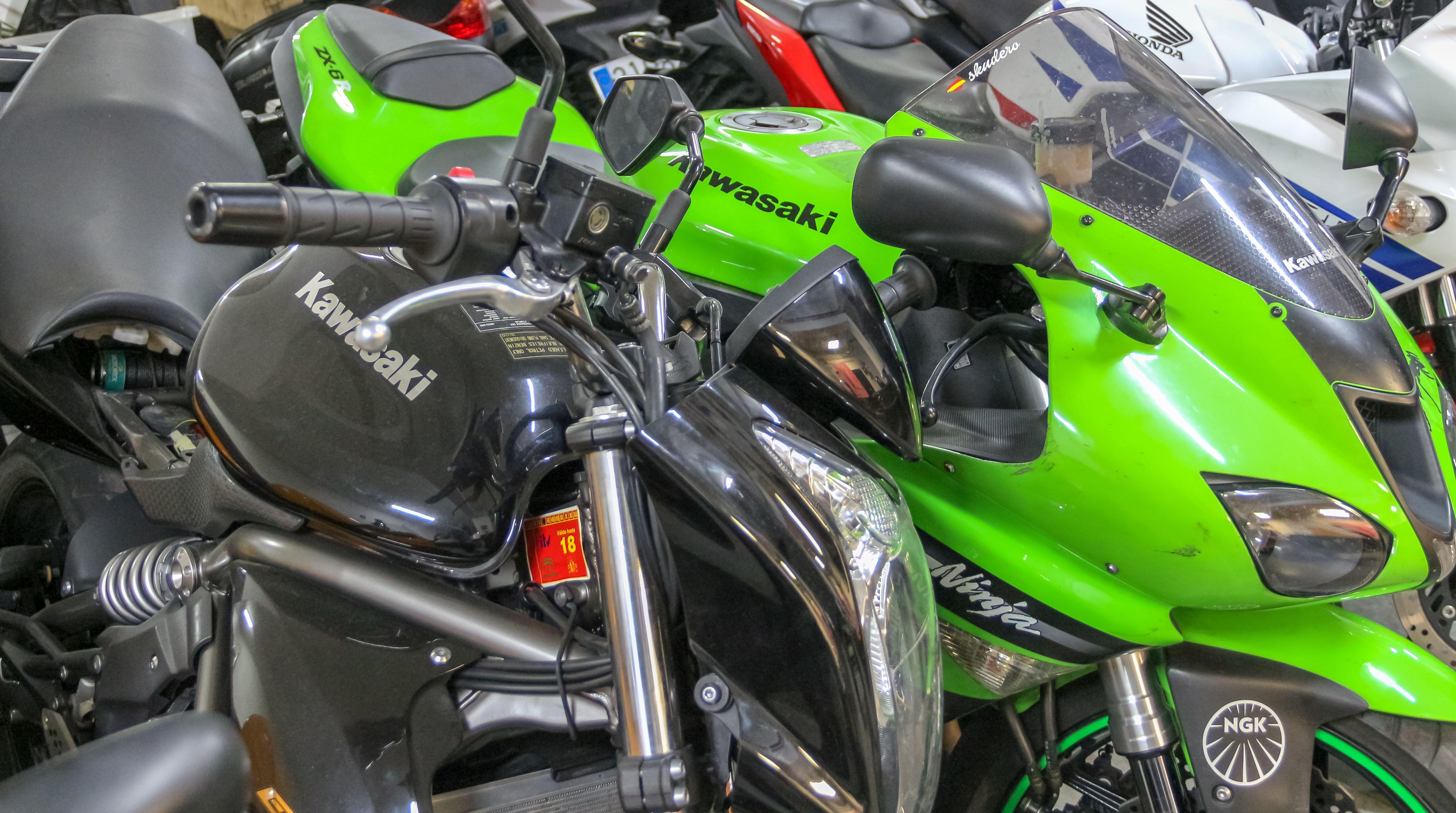 Mantenimiento de motos en Plaza Castilla, Madrid