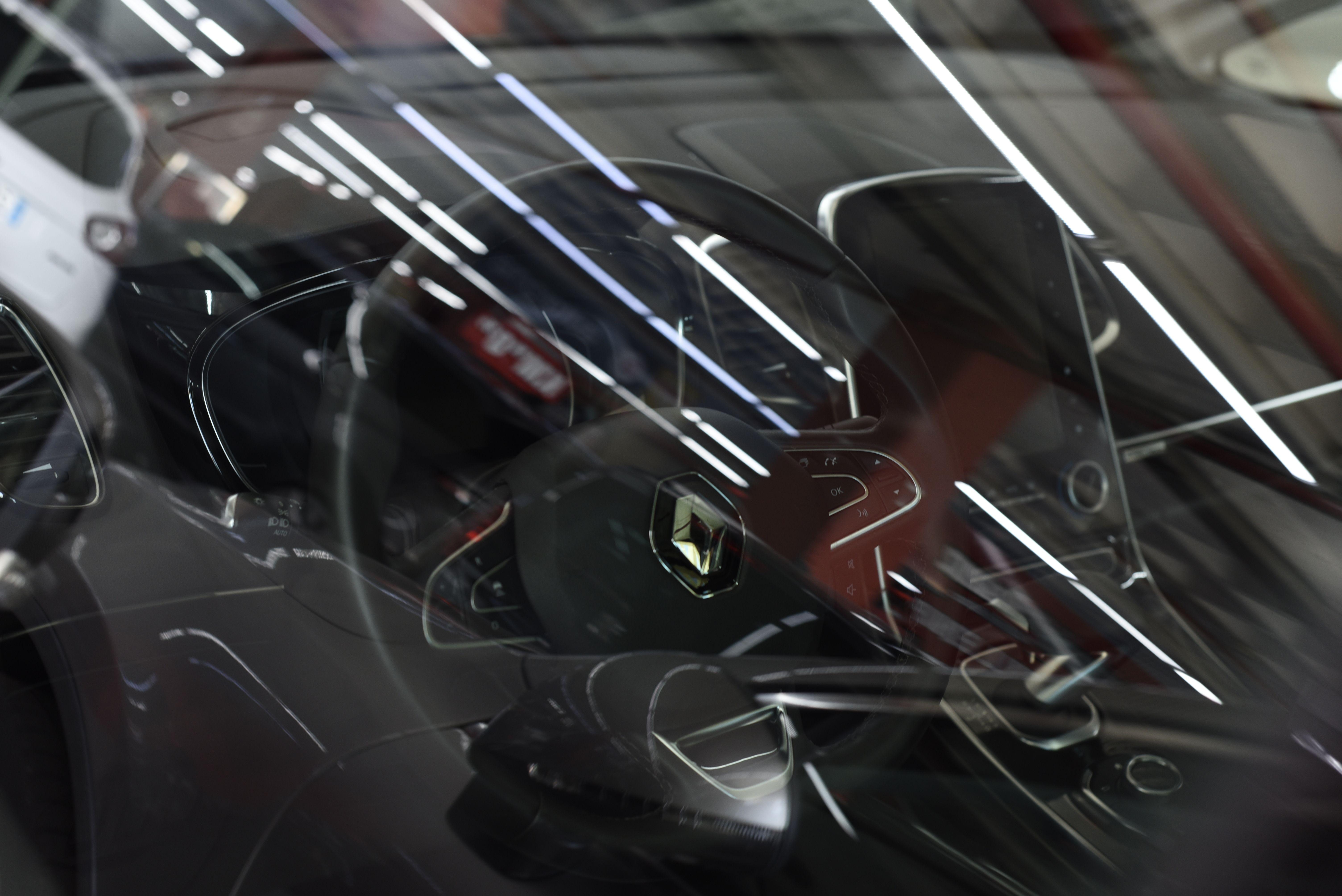 Interior vehículo Valentauto