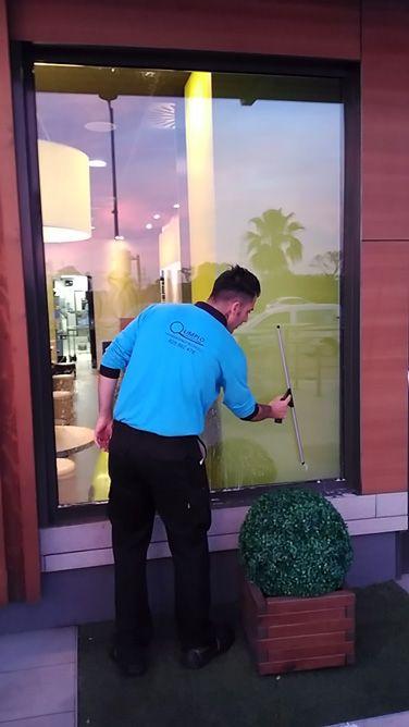 Limpieza de cristales: Servicios de Q Limpio