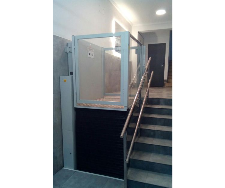 Portal rehabilitado en Bilbao