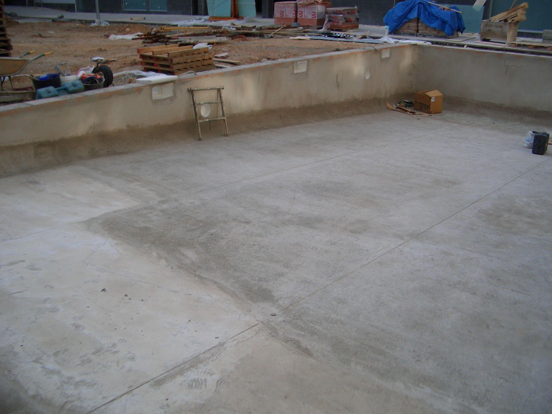 CONSTRUCCIO PISCINA1