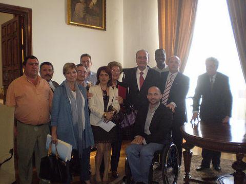 Firma de nuestro primer convenio con el Ayuntamiento de Málaga
